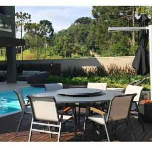 Fábrica de mesa para piscina