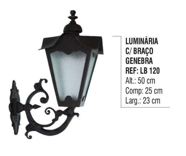 Luminária com Braço Genebra