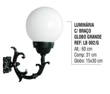 Luminária com Braço Globo Grande