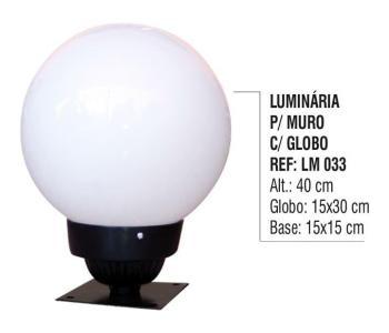 Luminária para Muro com Globo