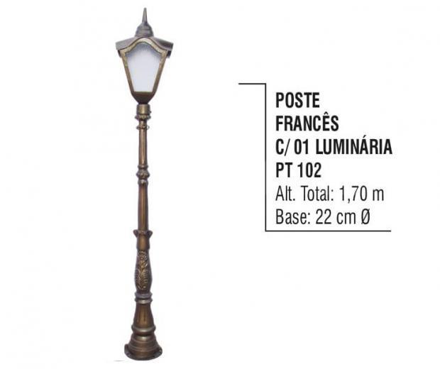 Postes Francês com 01 Luminária