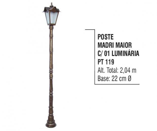 Postes Madri Maior com 01 Luminárias