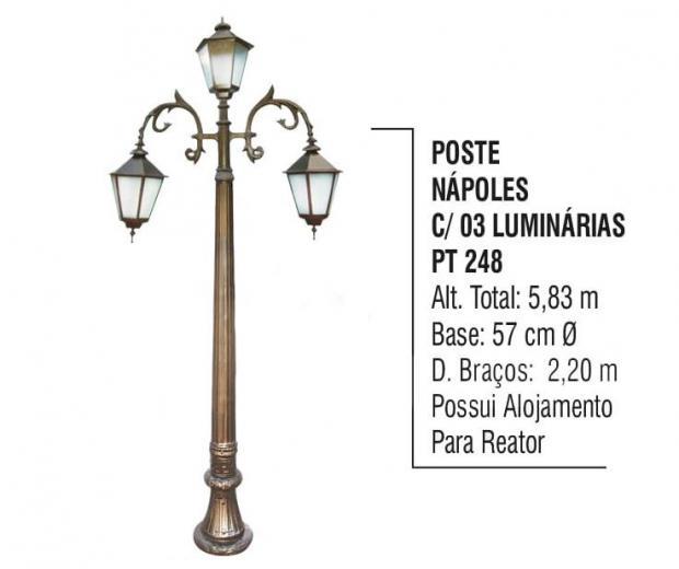 Postes Nápoles Com 03 Luminárias