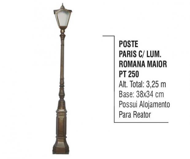 Postes Paris com Luminárias Romana Maior